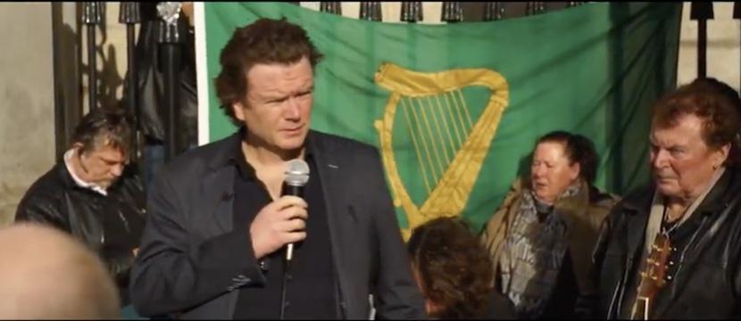 Thousands call for return of Edmund Honohan to debt cases